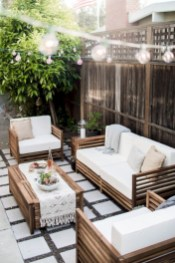 Lovely patio outdoor space ideas on a minimum budget (36)