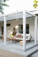 Lovely patio outdoor space ideas on a minimum budget (43)
