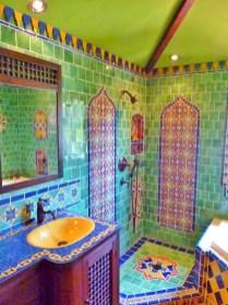 Mediterranean themed bathroom designs ideas 51
