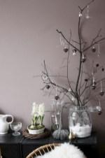 Minimalist and modern christmas tree décoration ideas 01