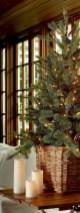 Minimalist and modern christmas tree décoration ideas 15