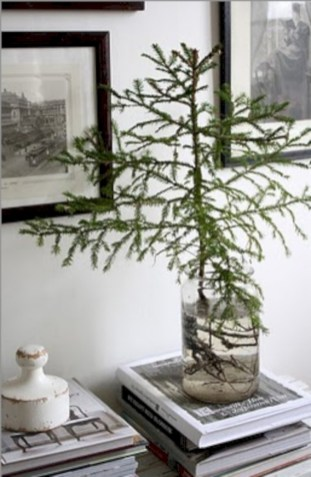 Minimalist and modern christmas tree décoration ideas 26