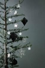 Minimalist and modern christmas tree décoration ideas 29