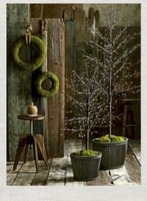 Minimalist and modern christmas tree décoration ideas 40