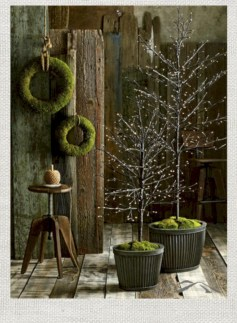 Minimalist and modern christmas tree décoration ideas 40
