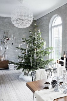 Minimalist and modern christmas tree décoration ideas 47