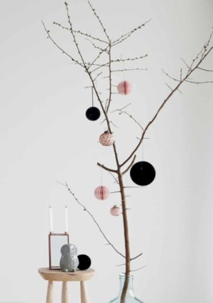 Minimalist and modern christmas tree décoration ideas 52