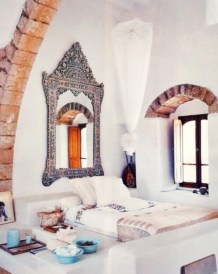 Moroccan themed bedroom design ideas 45