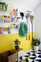 Neat and well-organized garage home decor ideas (11)