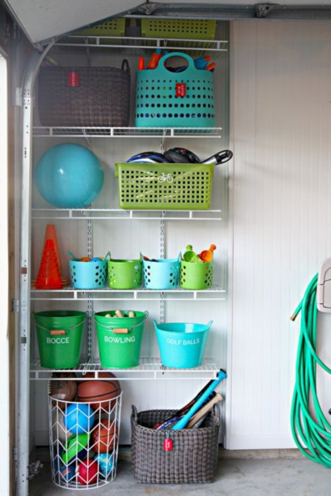 Neat and well-organized garage home decor ideas (23)