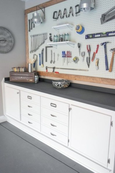 Neat and well-organized garage home decor ideas (46)