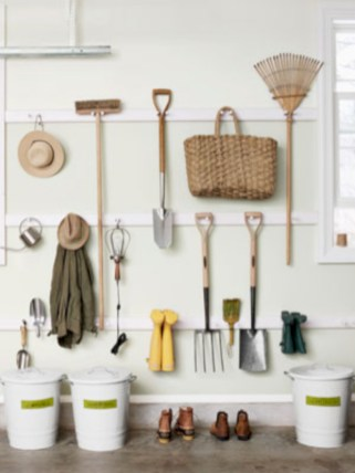Neat and well-organized garage home decor ideas (50)