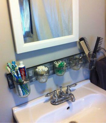 53 creative diy rustic bathroom storage ideas - round decor
