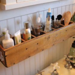 Rustic diy bathroom storage ideas (7)