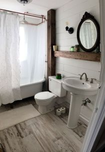 Rustic farmhouse bathroom ideas you will love (28)