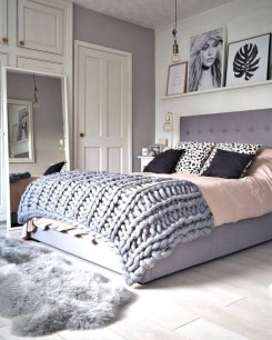 Scandinavian bedroom ideas for small apartment 01