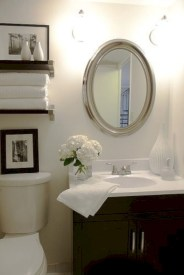 Simple bathroom ideas for small apartment 07