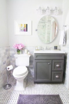 Simple bathroom ideas for small apartment 18