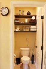 Simple bathroom ideas for small apartment 23