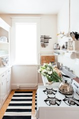 Simple decor that so perfect for rental apartment (48)