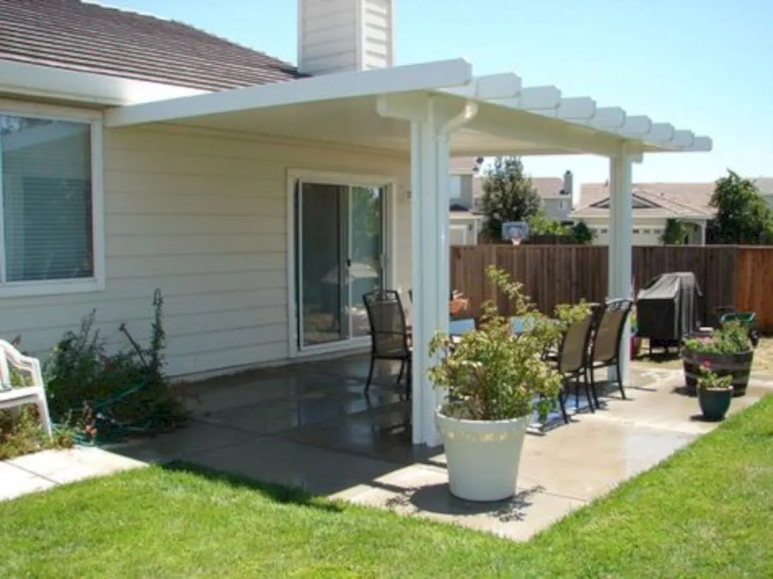 Simple patio decor ideas on a budget (14)