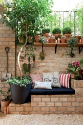 Simple patio decor ideas on a budget (47)