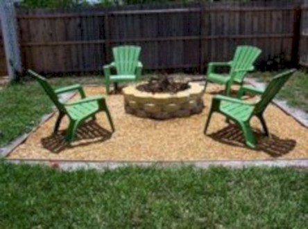 Simple patio decor ideas on a budget (6)
