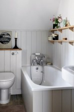 Small country bathroom designs ideas (4)