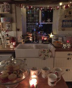 Stunning christmas kitchen décoration ideas 33 33