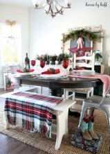 Stunning christmas table decorations ideas 08