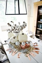 Stunning christmas table decorations ideas 14