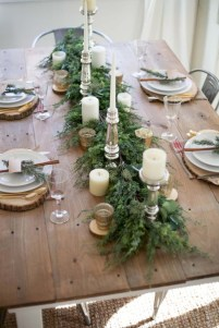 Stunning christmas table decorations ideas 46