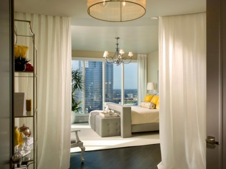 Stylish bedrooms with floor to ceiling windows 20