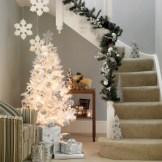 Stylish christmas décoration ideas with stylish black and white 34