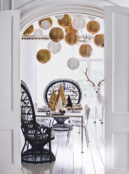 Stylish christmas décoration ideas with stylish black and white 36