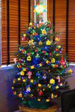 Stylish christmas decoration ideas using sleigh 12 12
