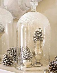 Stylish christmas decoration ideas using sleigh 13 13