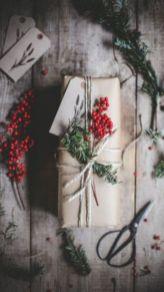 Stylish christmas decoration ideas using sleigh 30 30