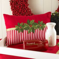 Stylish christmas decoration ideas using sleigh 31 31