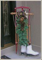 Stylish christmas decoration ideas using sleigh 5 5