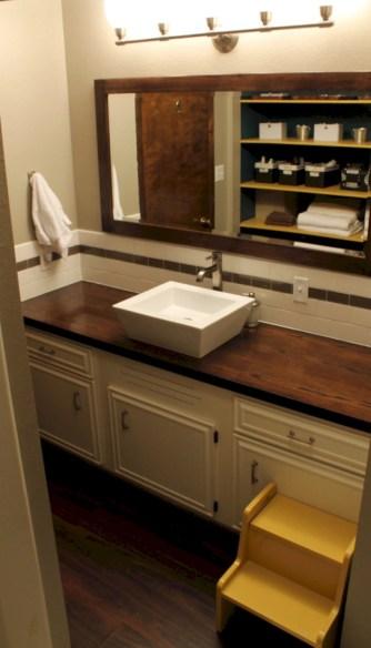 Unique diy bathroom ideas using wood (25)