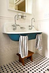 Vintage farmhouse bathroom ideas 2017 (50)