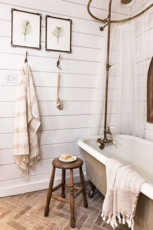 Vintage farmhouse bathroom ideas 2017 (51)