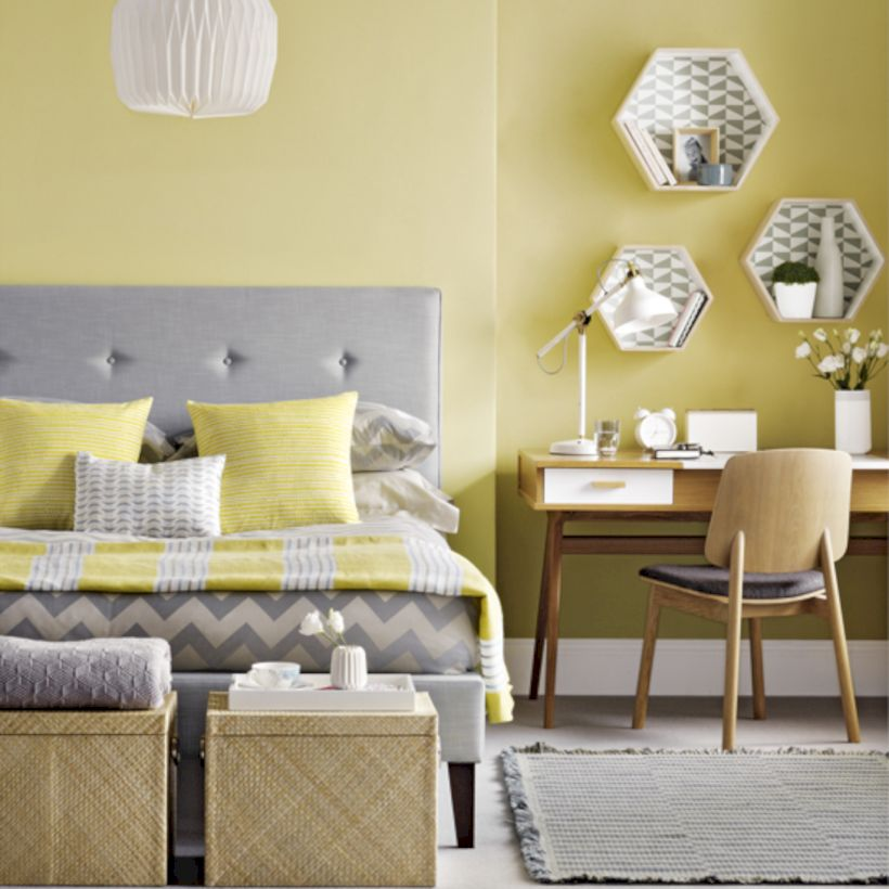 Visually pleasant yellow and grey bedroom designs ideas 49