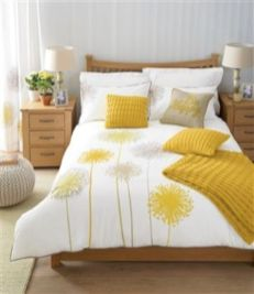 Visually pleasant yellow and grey bedroom designs ideas 52