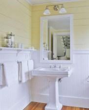 Yellow tile bathroom paint colors ideas (33)