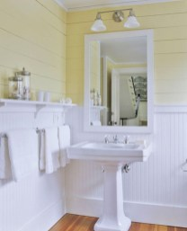 Yellow tile bathroom paint colors ideas (33)