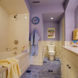 Yellow tile bathroom paint colors ideas (44)