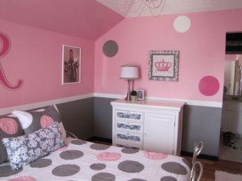 Cool kids bedroom with pink colour 26