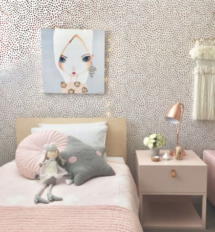 Cool kids bedroom with pink colour 36